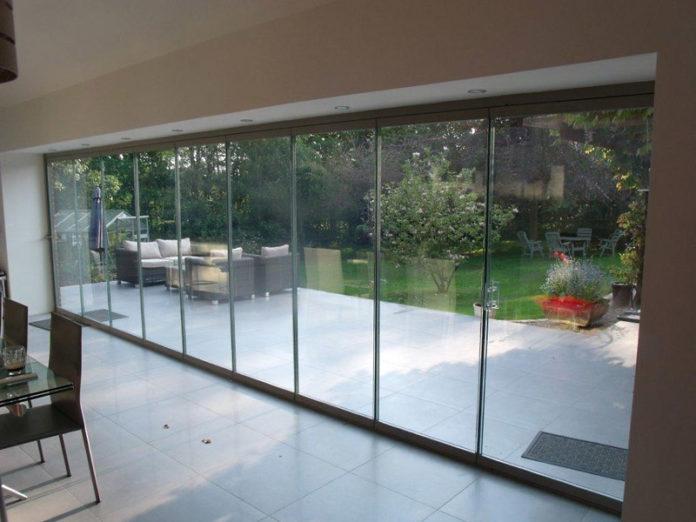 frameless-glassdoors