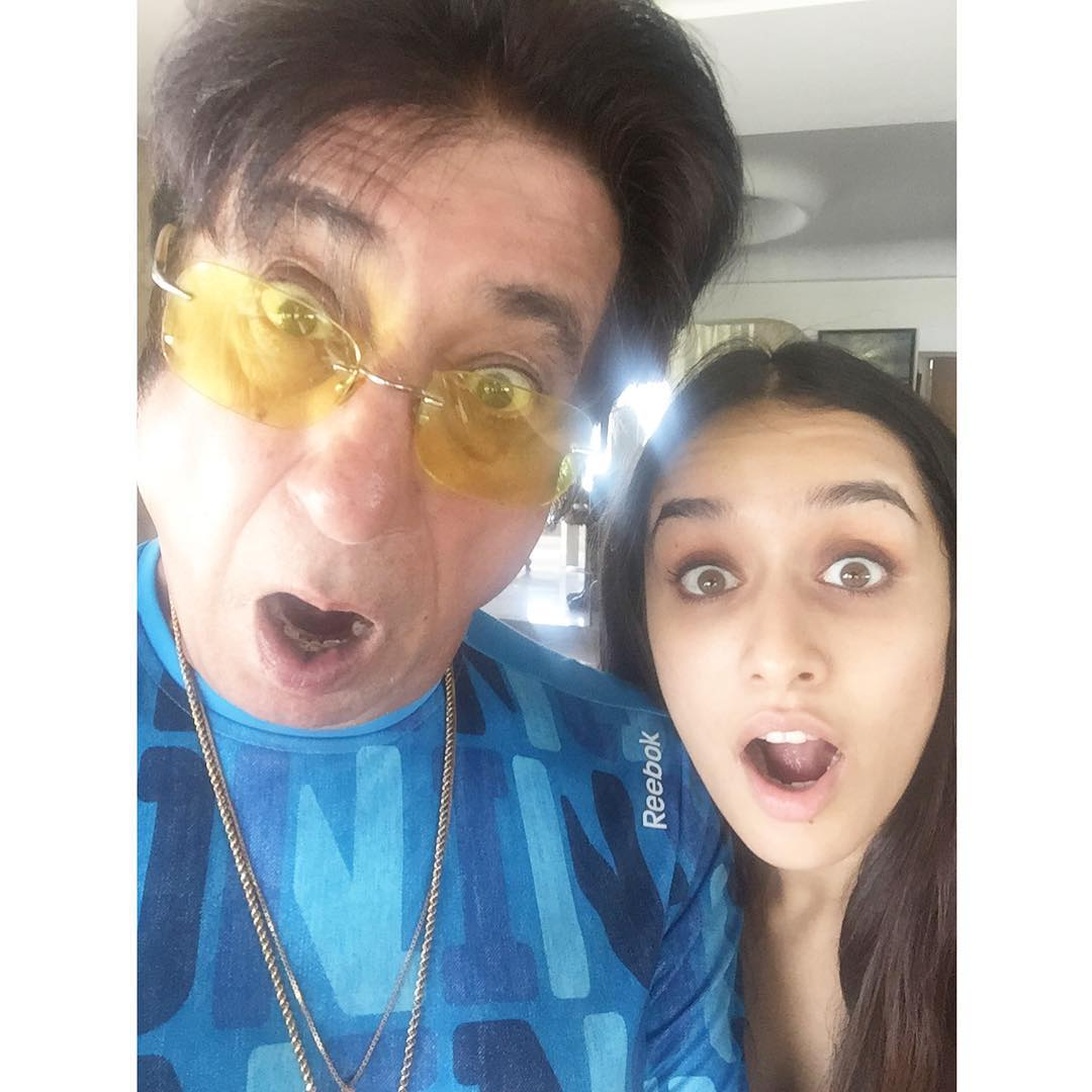 shraddha kapoor picture with father