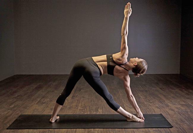 yoga-Trikonasana