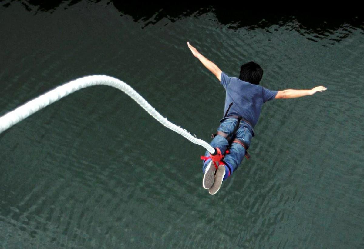 hang gliding india