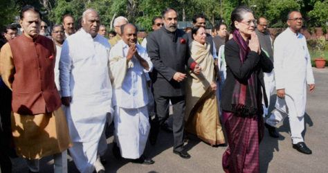 Sonia Gandhi to do a road show in Varanasi