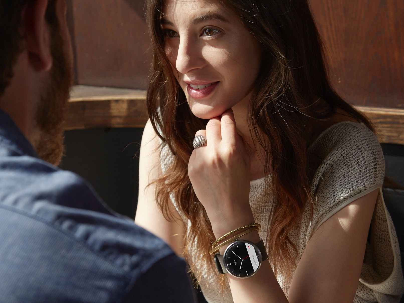 Lenovo Motorola Smartwatch: Wearable with a Difference!!!