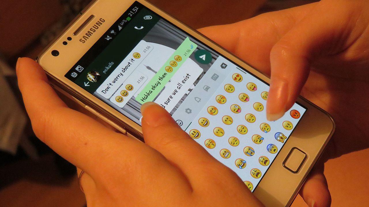 Whatsapp_texting