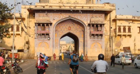 Enchanting Pink City Lures US Cyclist on All India Tour