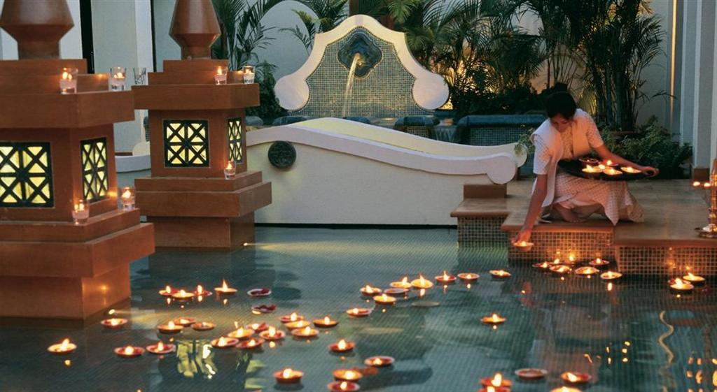 Relax & Unwind at India's Top 5 Ayurveda Destinations