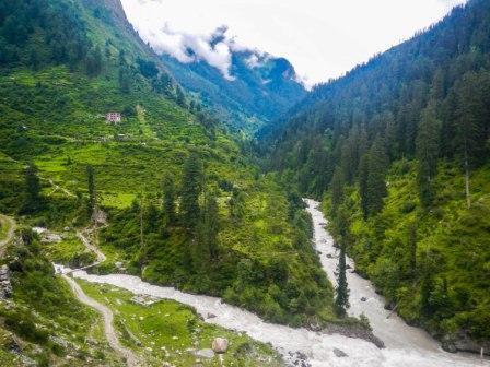 Picturesque Parvati Valley