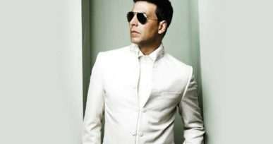 Akshay Kumar's 50th Birthday Gold's New Poster _OMI