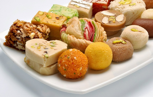 Diwali-Sweets-and-Snacks-2015