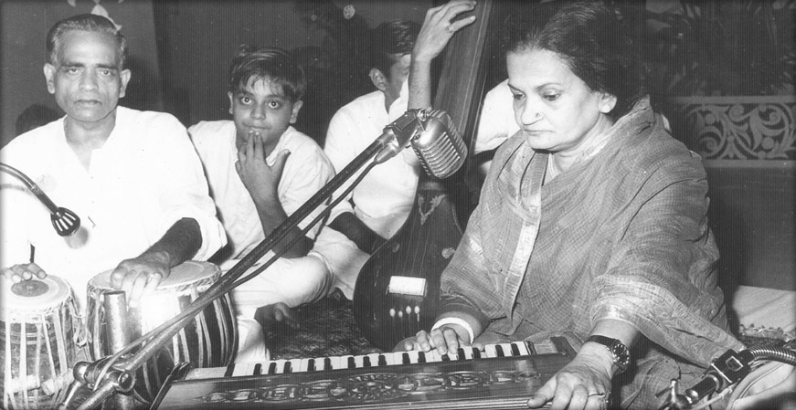 Begum Akhtar playing harmonium