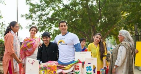 Salman Khan With Kids From Umang NGO, Beautiful Pictures (6)