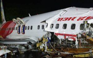 AI flight crashes at Kozhikode airport