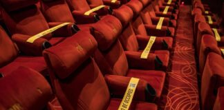 Bollywood, 1000-crore deal